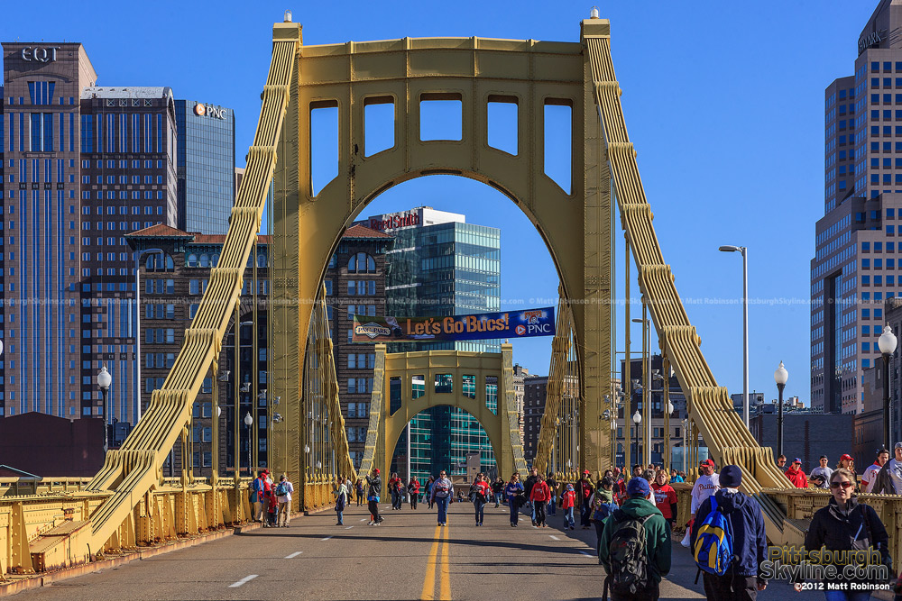 Roberto Clemente bridge before a Pirates game