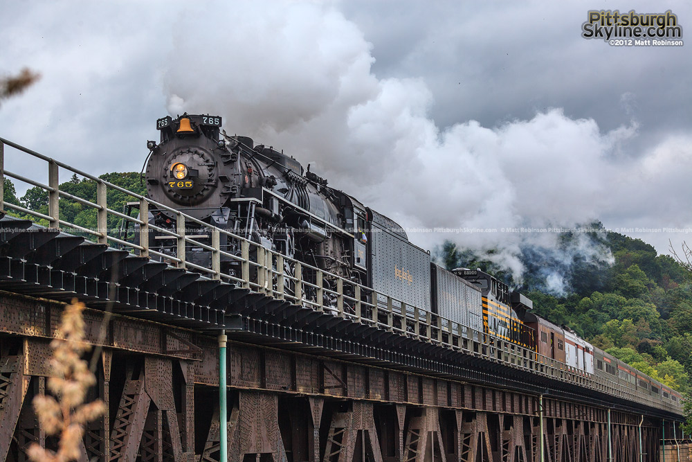 NKP 765 crosses into Beavers Falls, PA