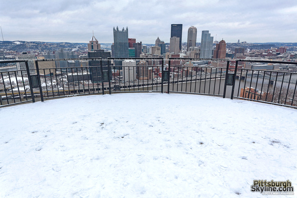 Pittsburgh Mt. Washington overlook with snow