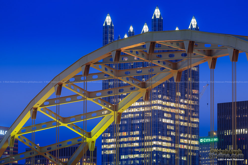 Superstructure of the Fort Pitt Bridge with PPG Place