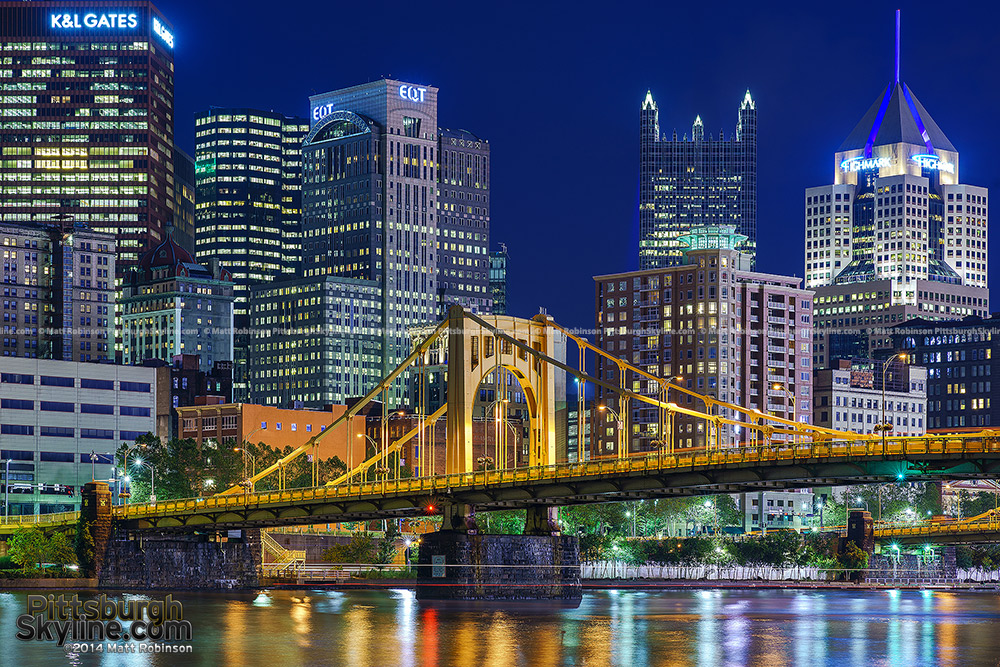 Pittsburgh's Rachel Carson Street bridge at night