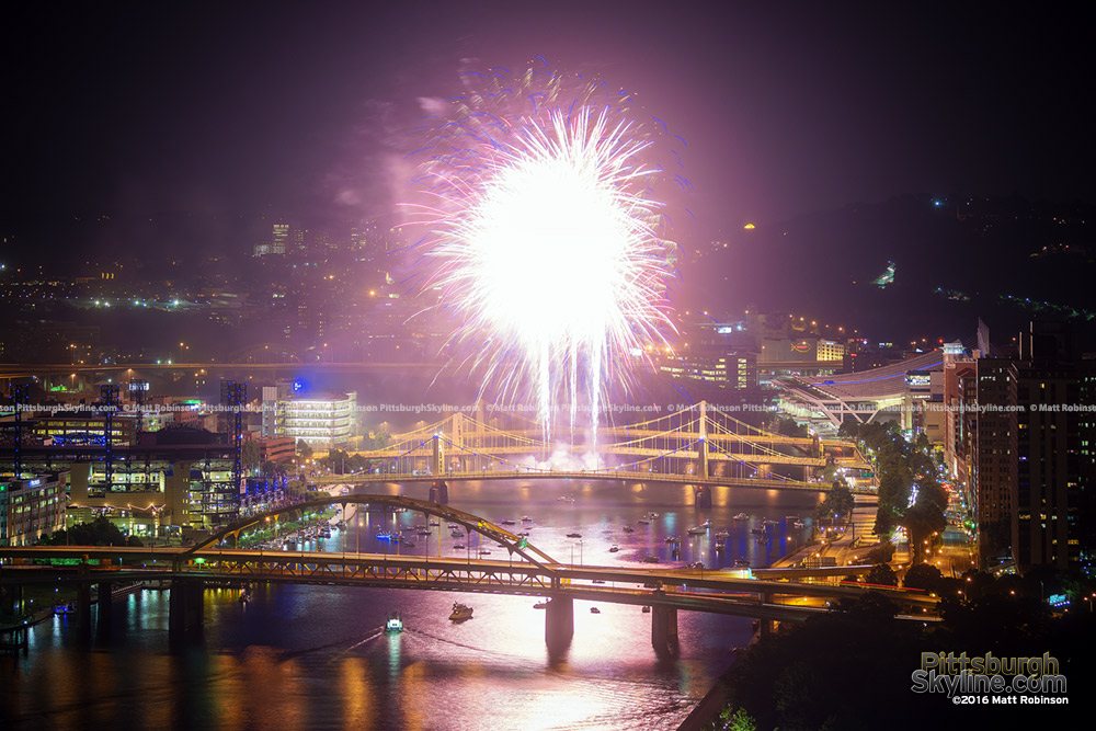 Grand Finale Fireworks illuminate the Allegheny River and Northside